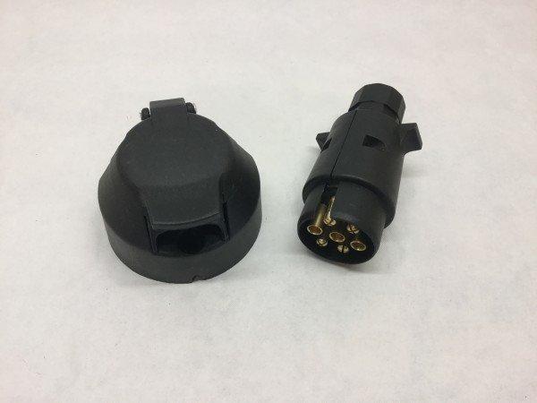 Anhängersteckdose und Stecker 7-polig