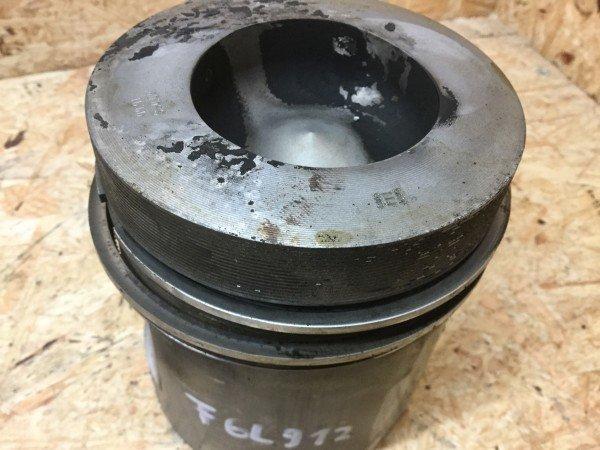 DX110 04362996 Ref DX120... Abgaskrümmer für Deutz DX100 No