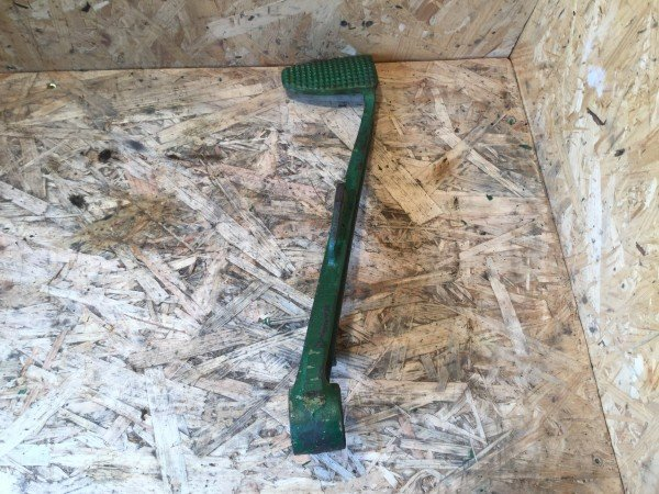 Deutz D40.1 Bremspedal links
